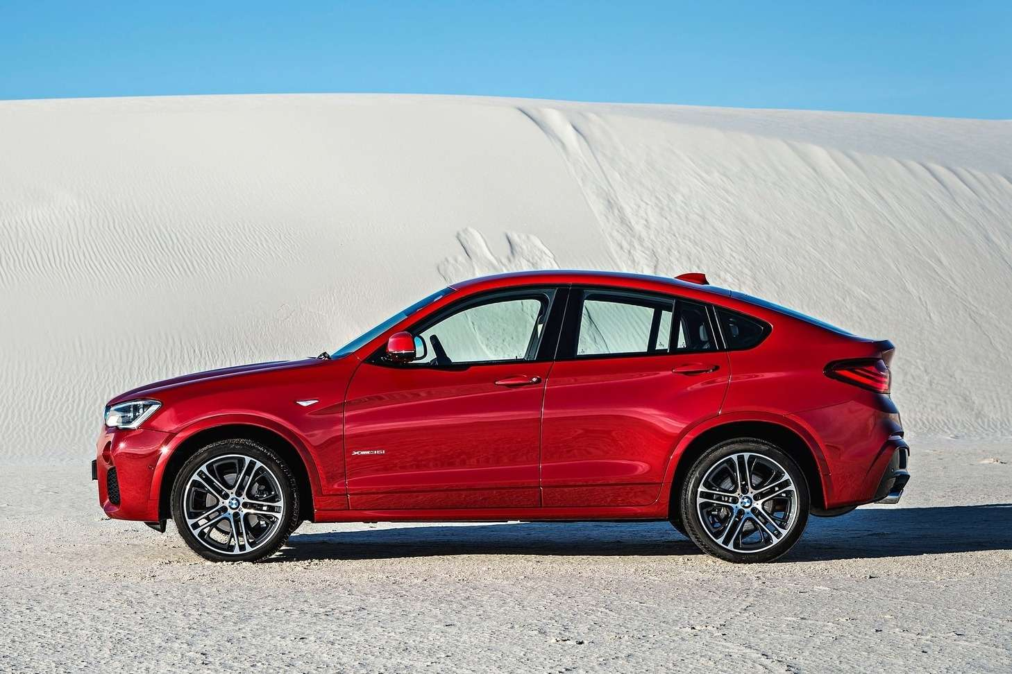 BMW-X4_2015_1600x1200_wallpaper_1c