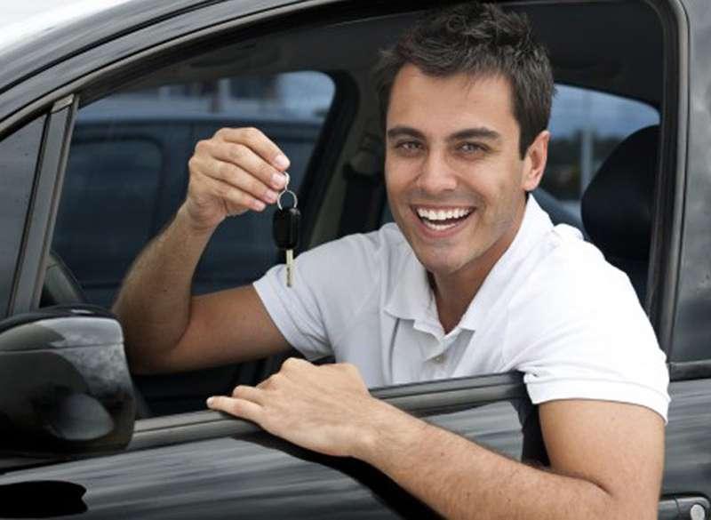car_keys_buying_renting_driving_text_0