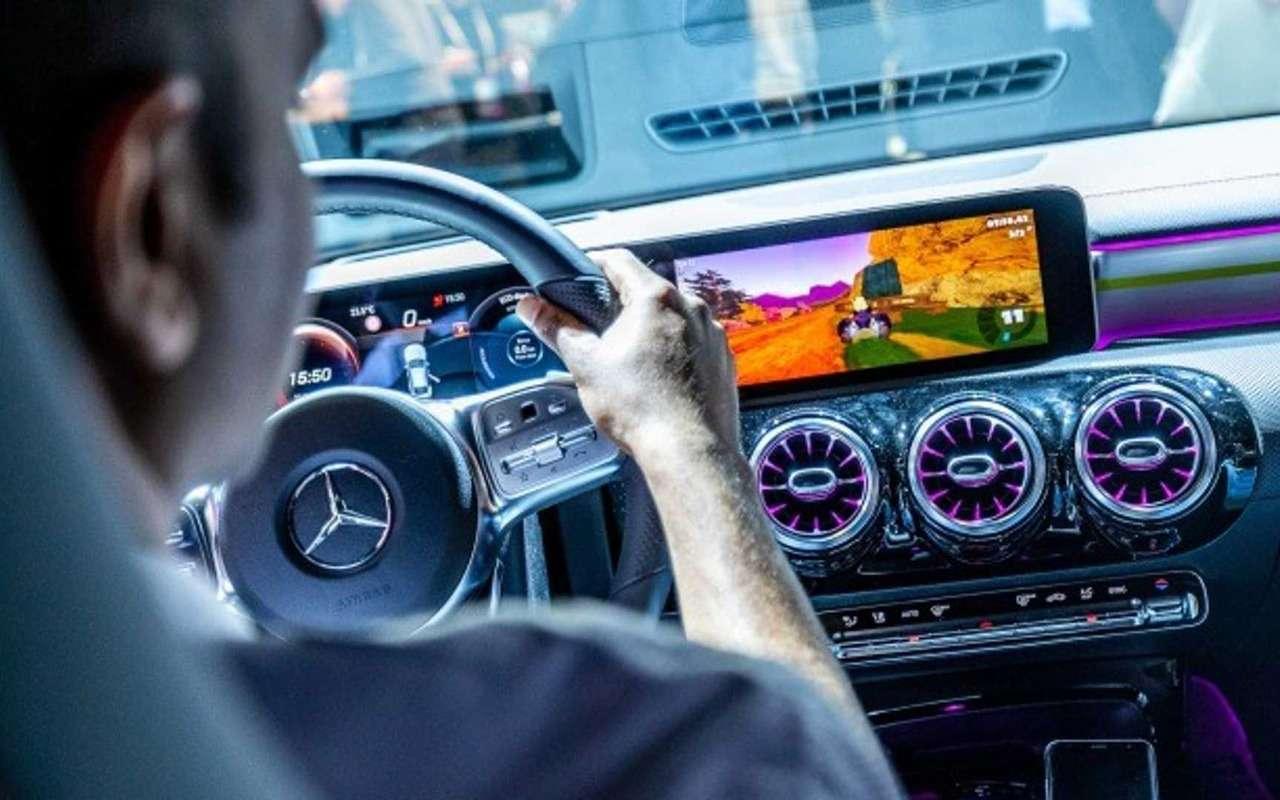 Mercedes-Benz хочет интегрировать видеоигры вавтомобили иавтобусы— фото 959677
