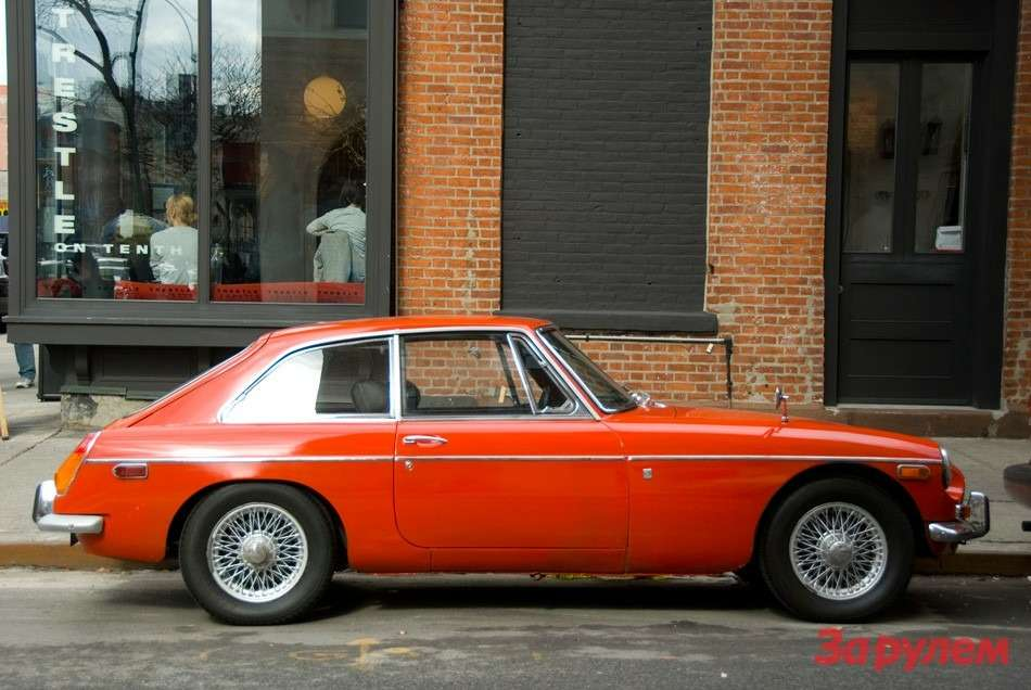 1970-MGB-GT-03