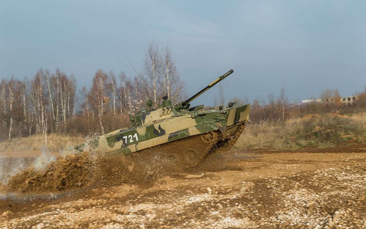 Наша БМП-3 против британского Warrior: артиллерийская дуэль— фото 857761
