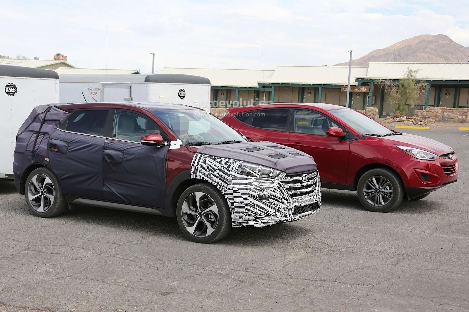 all-new-2016-hyundai-tucson-spied-with-less-camouflage-in-america-photo-gallery-1080p-11