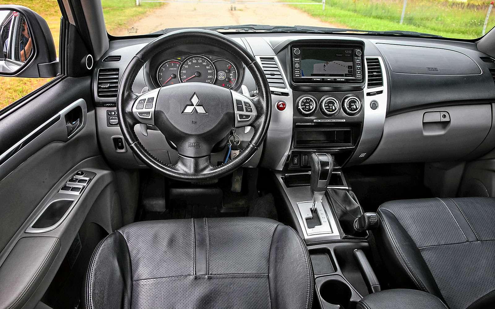 Новый Mitsubishi Pajero Sport против старого: другая лига— фото 626575