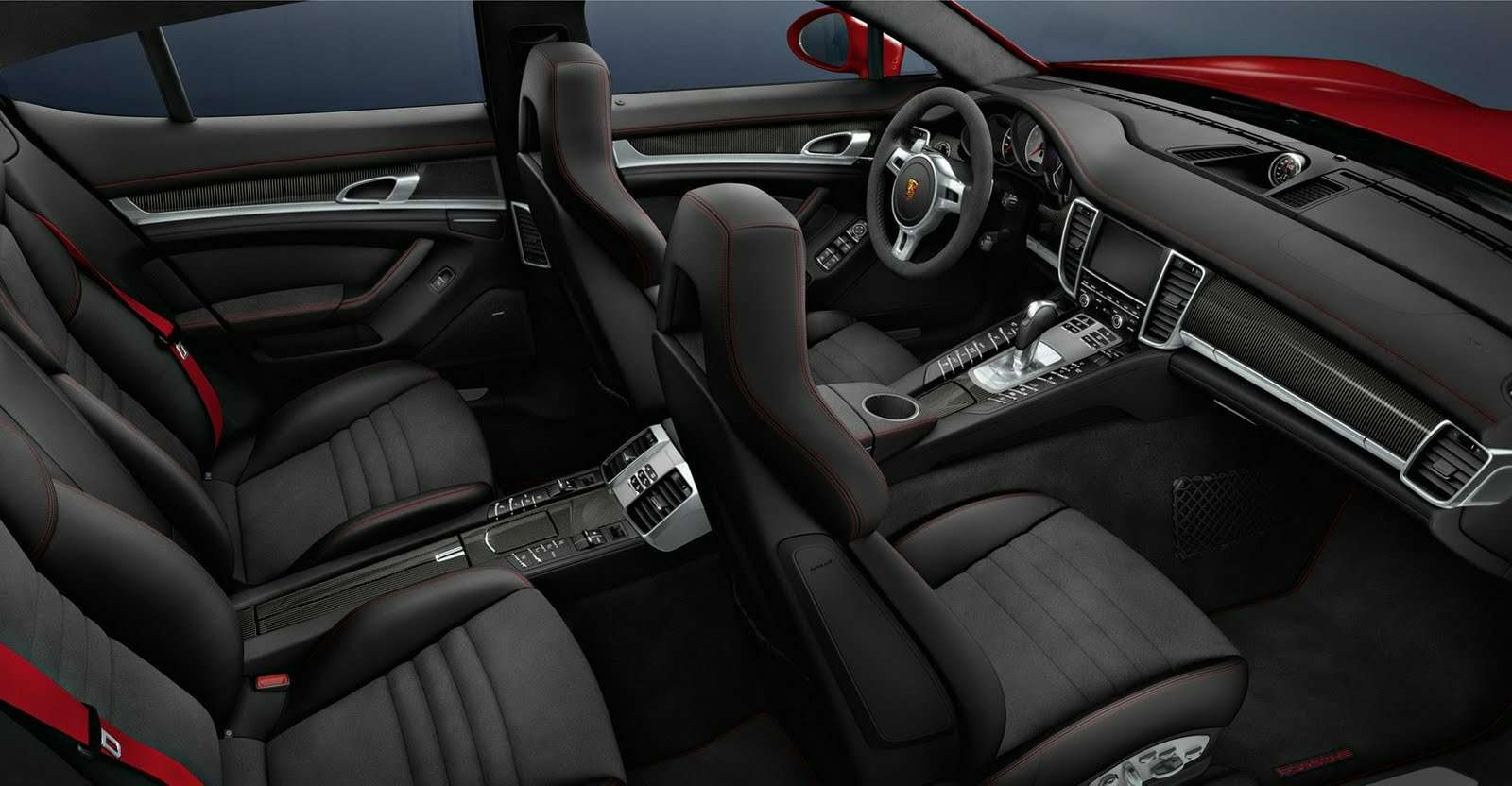 Porsche-Panamera-GTS-Carscoop25