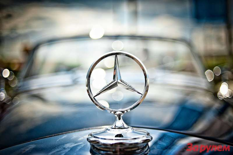 Mercedes-Benz_no_copyright