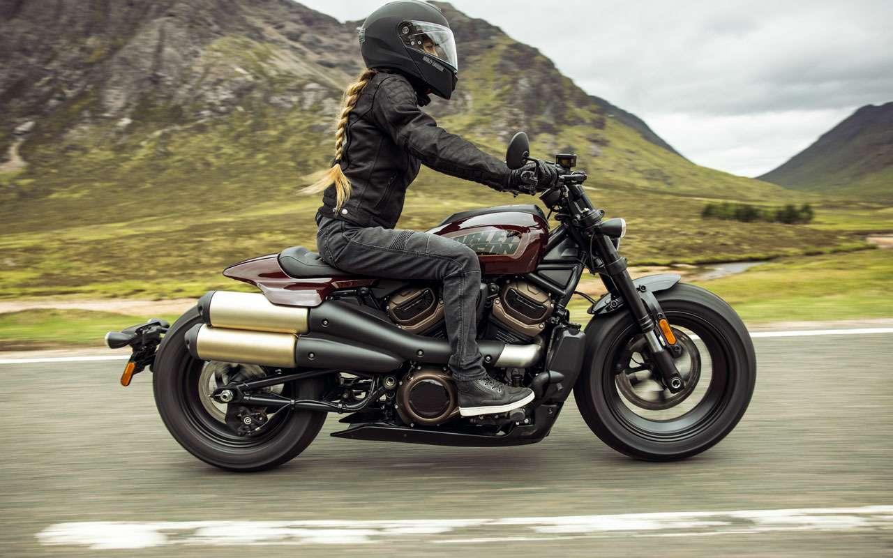Новый Harley-Davidson— унего нет рамы!— фото 1261935