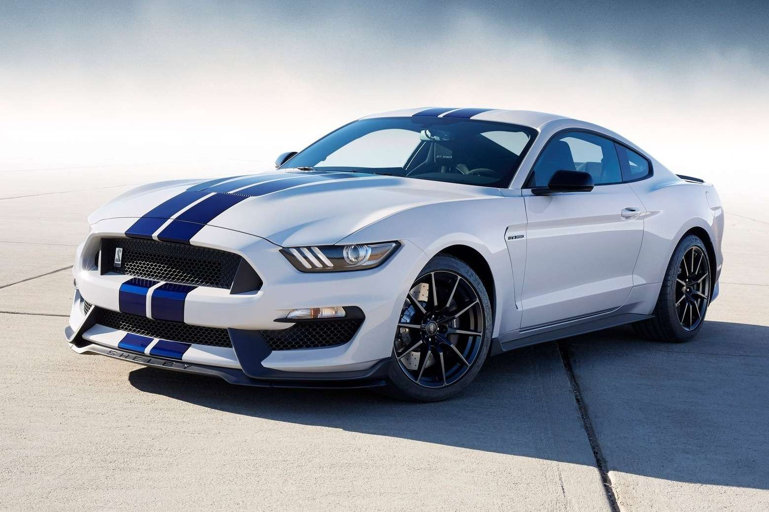 Ford-Mustang_Shelby_GT350_2016_1600x1200_wallpaper_01