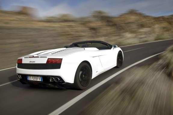 Lamborghini Gallardo LP560-4 Spyder side-rear view