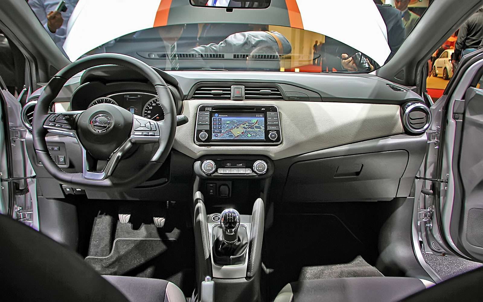 Nissan Micra породнилась с«клюшкой»— фото 641768