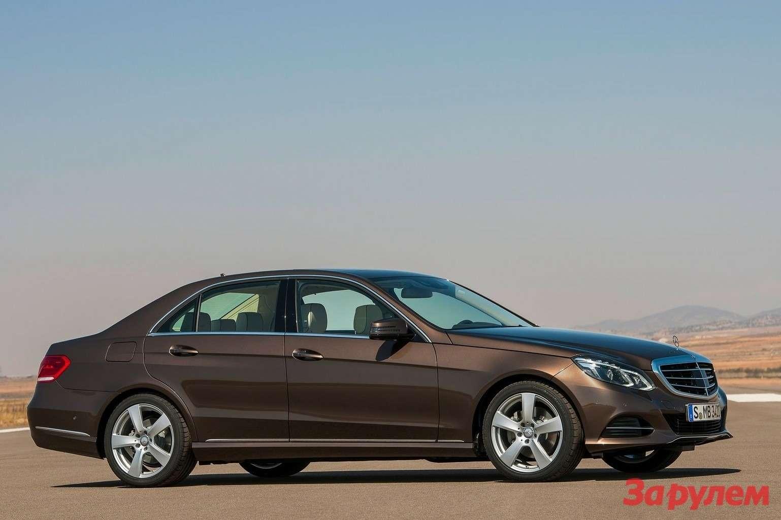 Mercedes-Benz-E-Class_2014_1600x1200_wallpaper_09