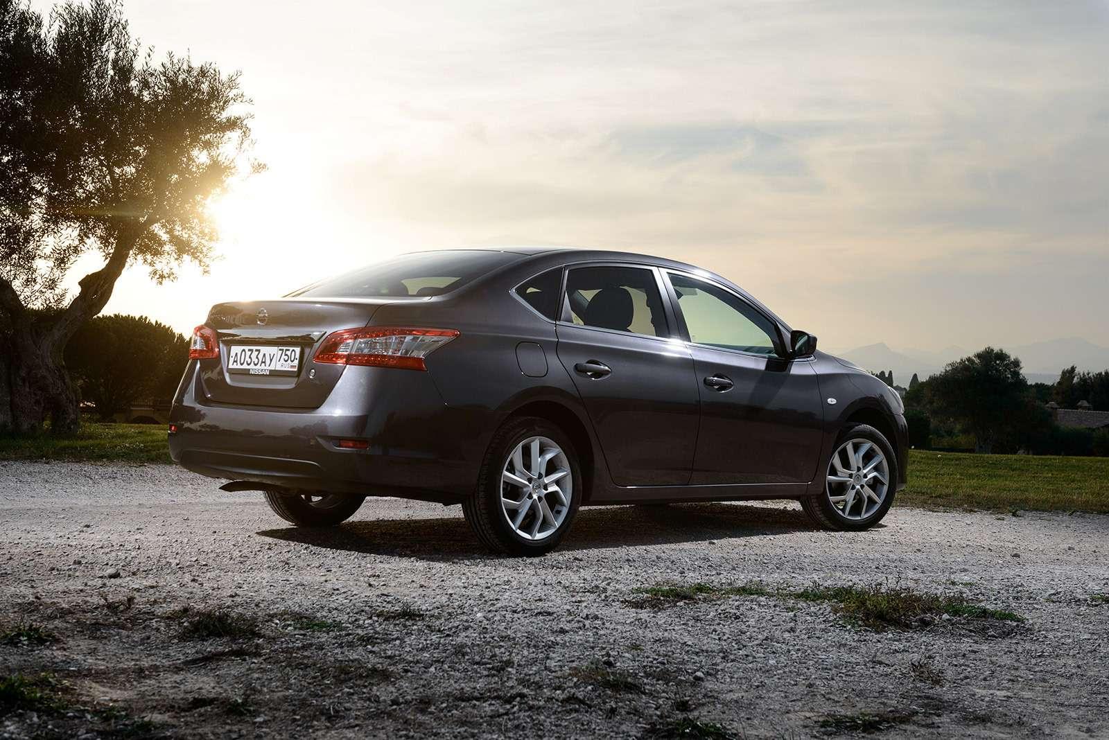 Двемодели Nissan ушли сроссийского рынка. Какие ипочему?— фото 817281