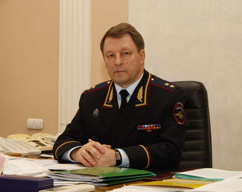 Нилов