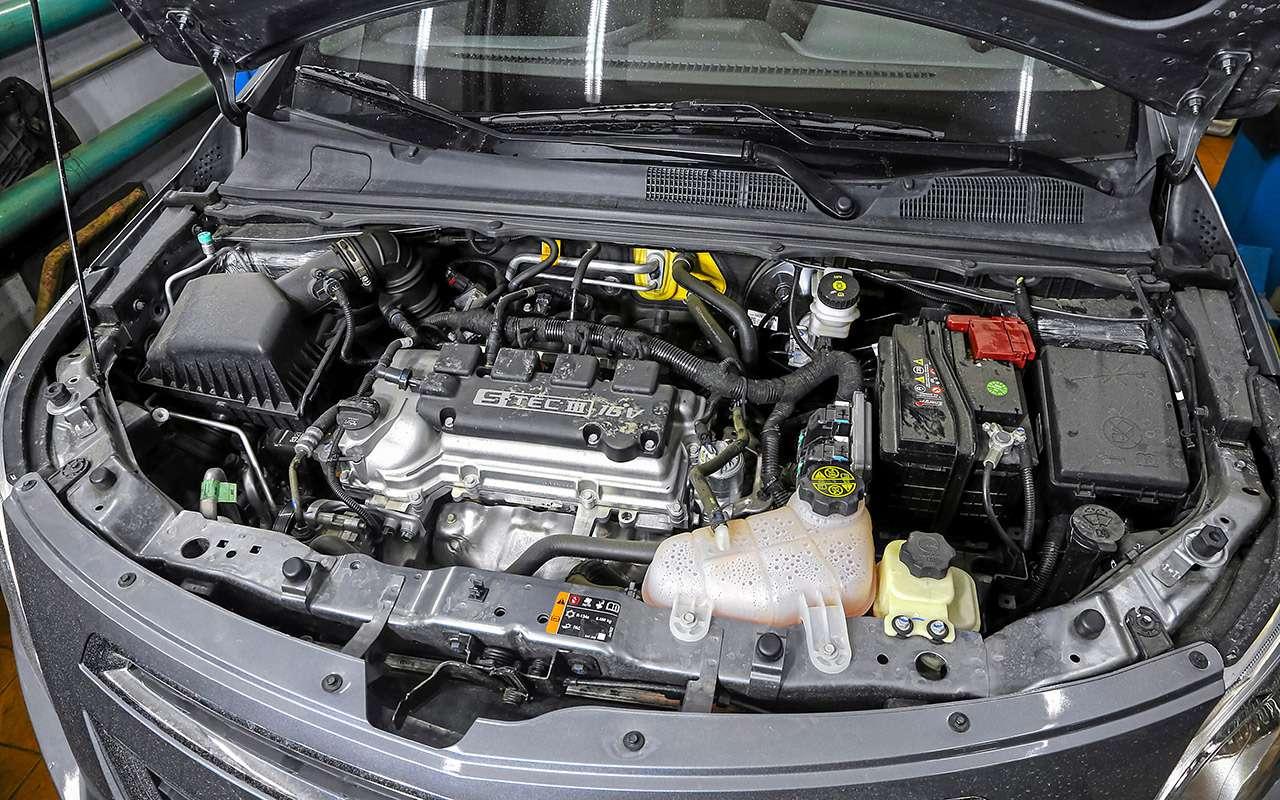 Chevrolet Cobalt иЛада Веста— большой тест— фото 1224464