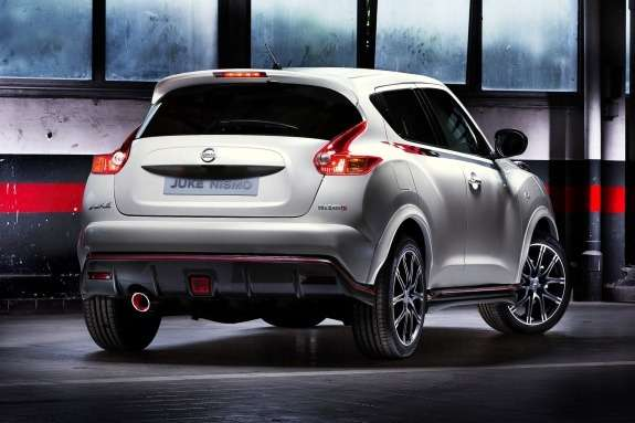 Nissan Juke Nismo side-rear view