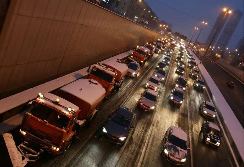 Правительство просят ввести мораторий наиспользование дорожных реагентов