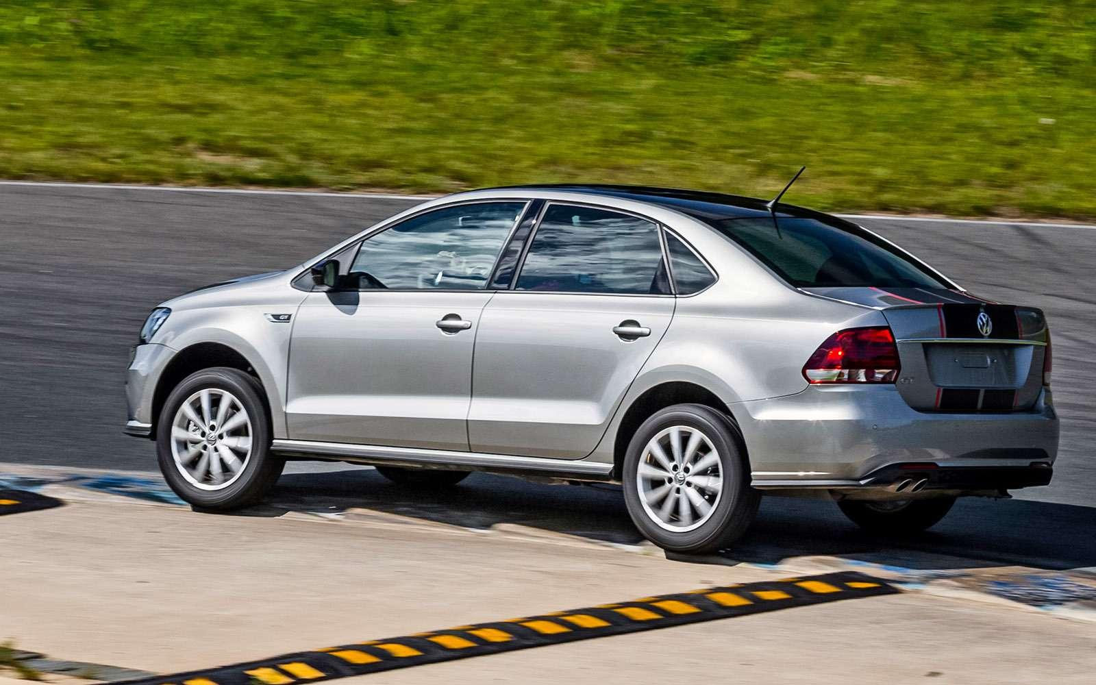 VWPolo GTпротив конкурентов: тест на«Смоленском кольце»— фото 644246