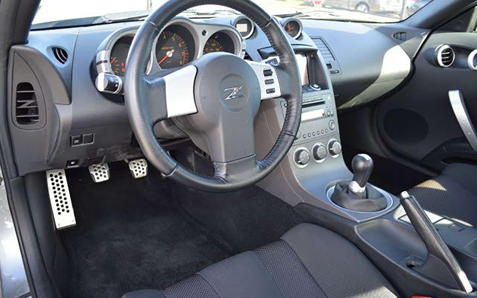 Напродажу выставлен первый экземпляр купе Nissan 350Z— фото 789580