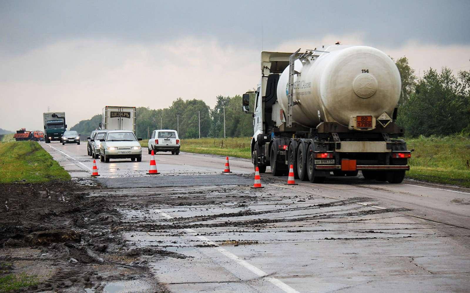 Откуда берутся опасные участки дорог— фото 612730