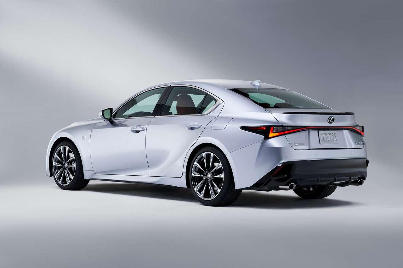 Представлен новый Lexus IS— фото 1140415
