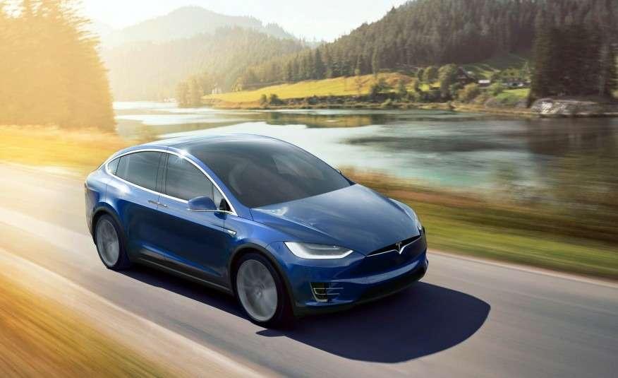 2016-Tesla-Model-X-129-876x535