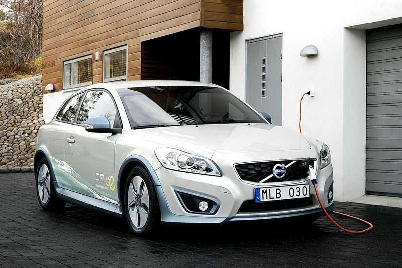 volvo_c30_electric_1_no_copyright