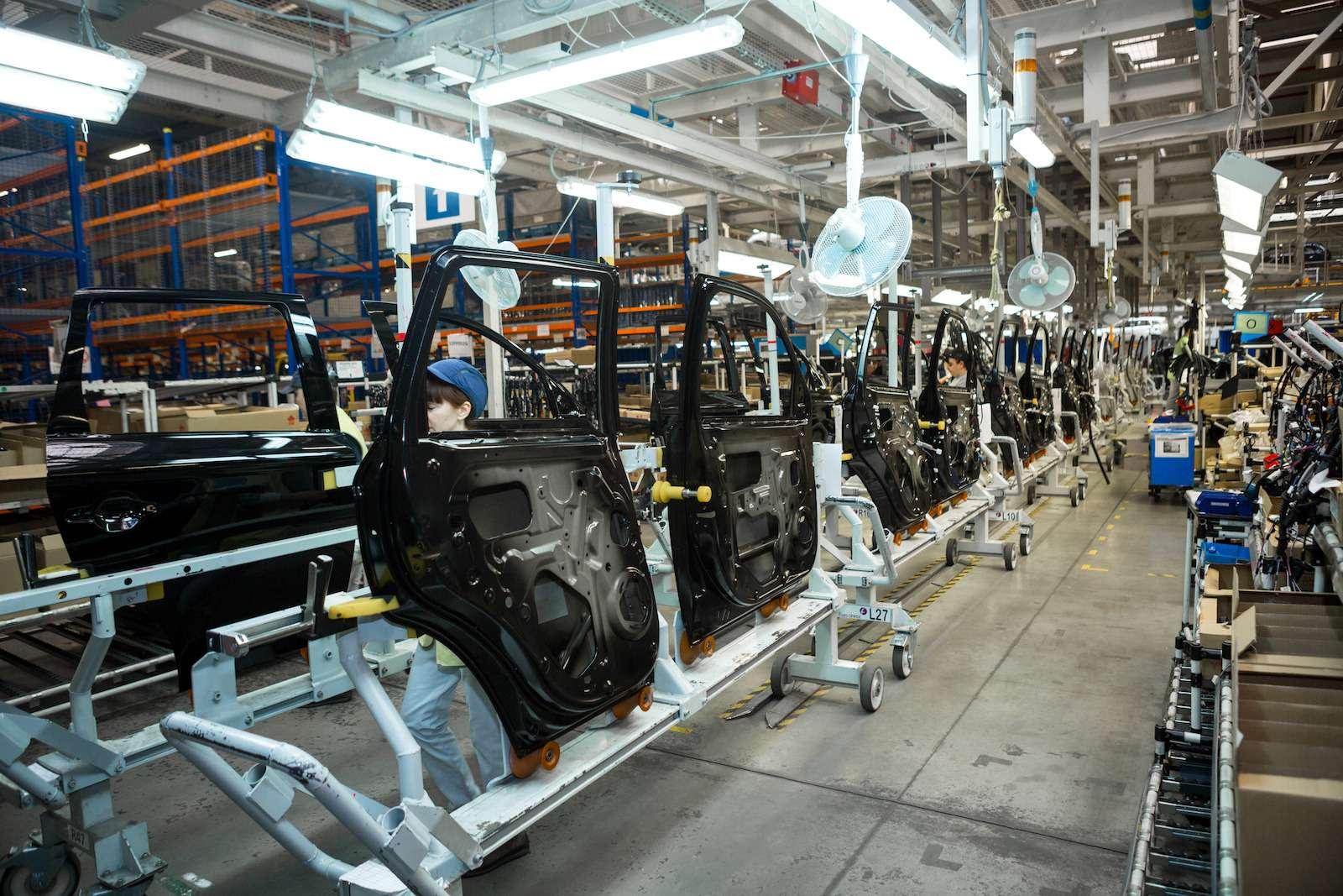 Почему локализованные вКалуге автомобили не дешевеют— фото 573424