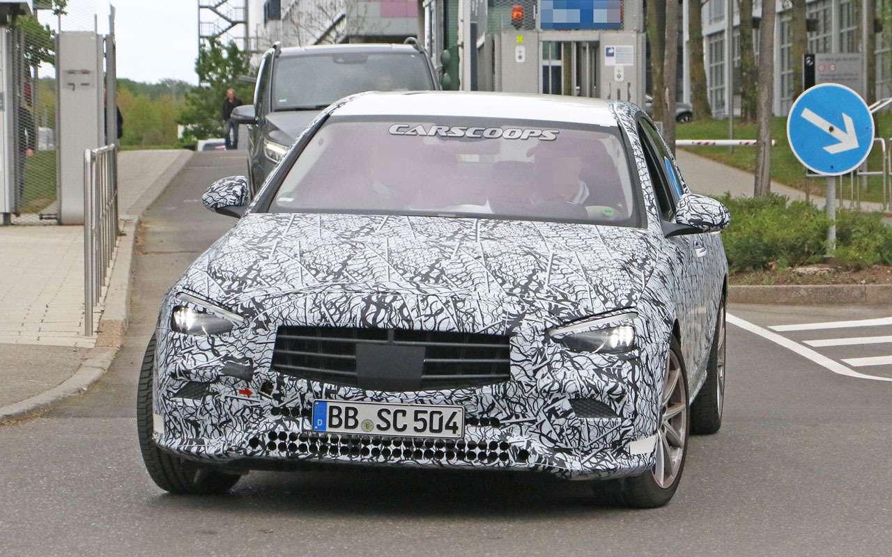 Mercedes-Benz C-класса получит огромный дисплей-планшет— фото 1130462