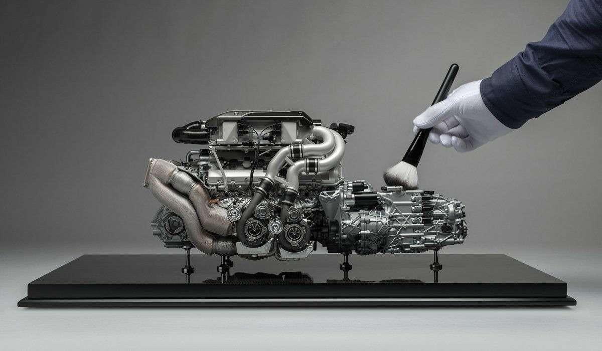 Двигатель Bugatti Chiron оценили в9365 долларов. Неработающий ималенький— фото 807235