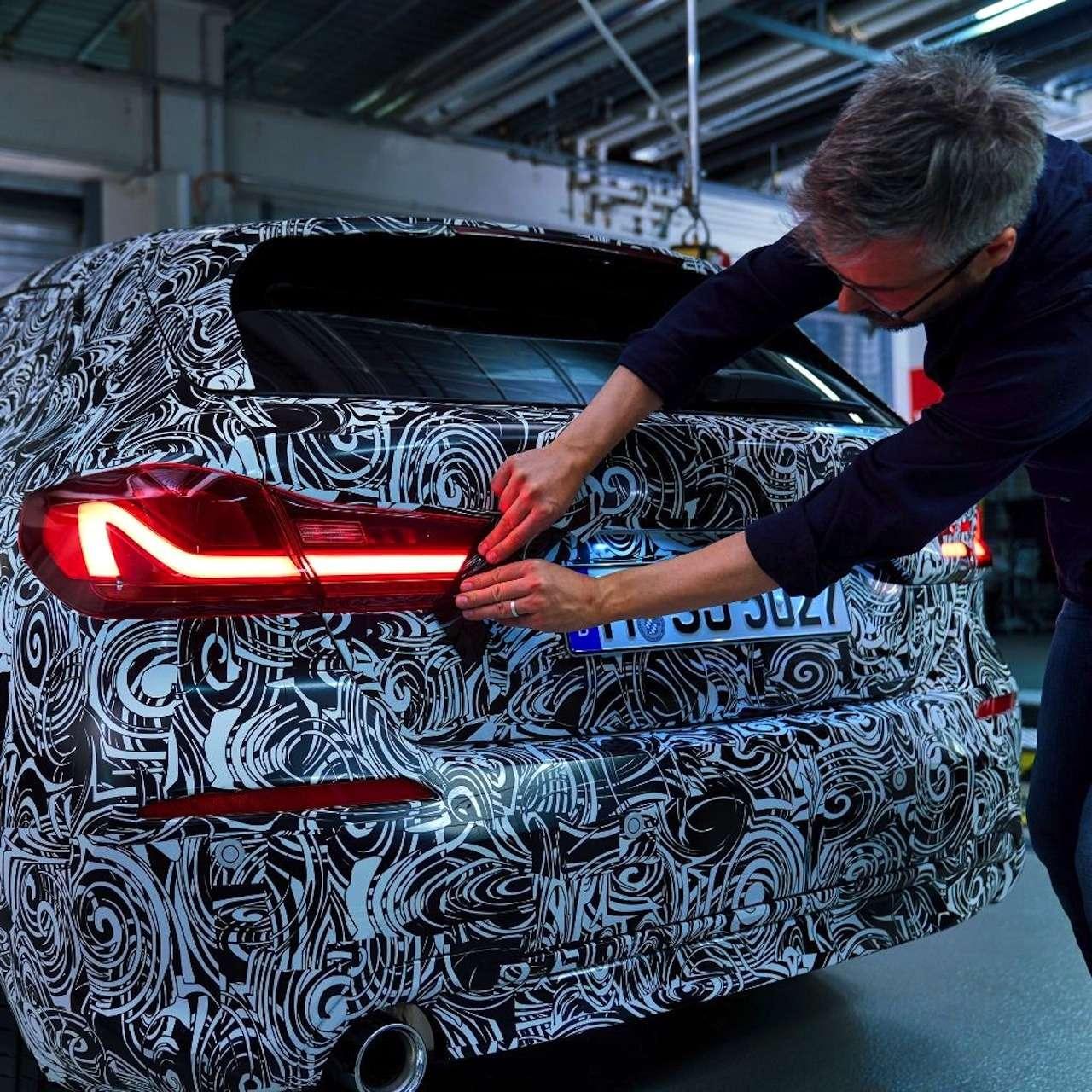 Диоды покругу ицифровые приборы: новые детали осамом доступном BMW