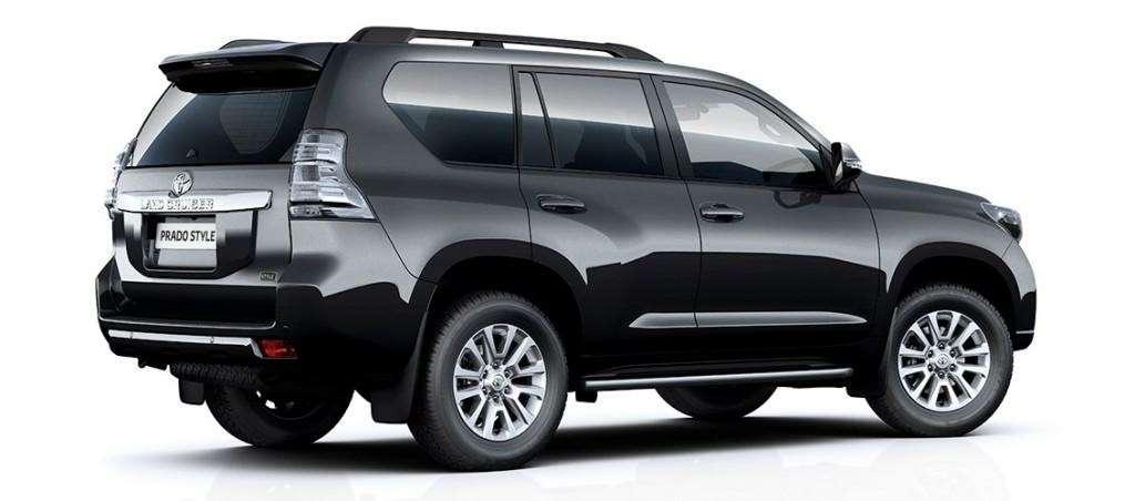 Toyota предложила Land Cruiser Prado встильной версии— фото 630857