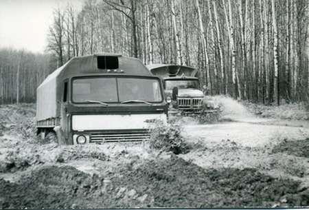 ЗИЛ, который попроходимости делал гусеничные тракторы— фото 1207821