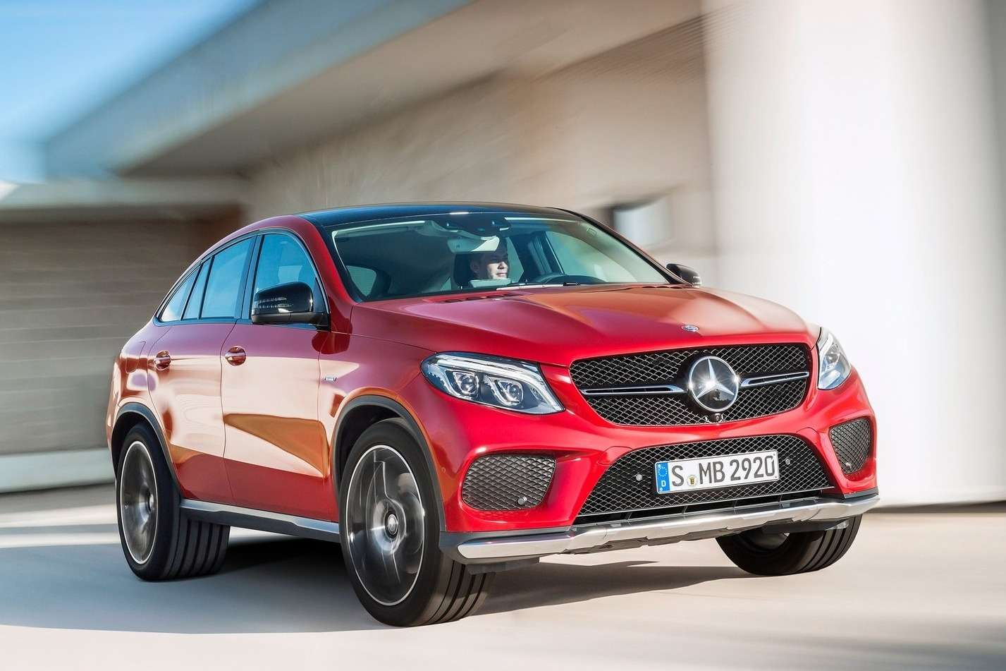 Mercedes-Benz-GLE450_AMG_Coupe_2016_1600x1200_wallpaper_05