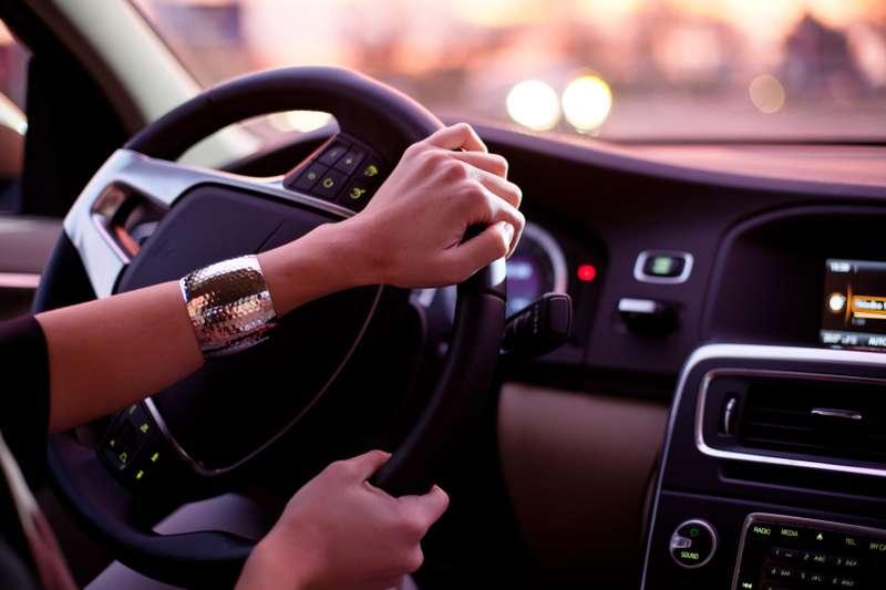 Αποτέλεσμα εικόνας για машина девушка за рулем