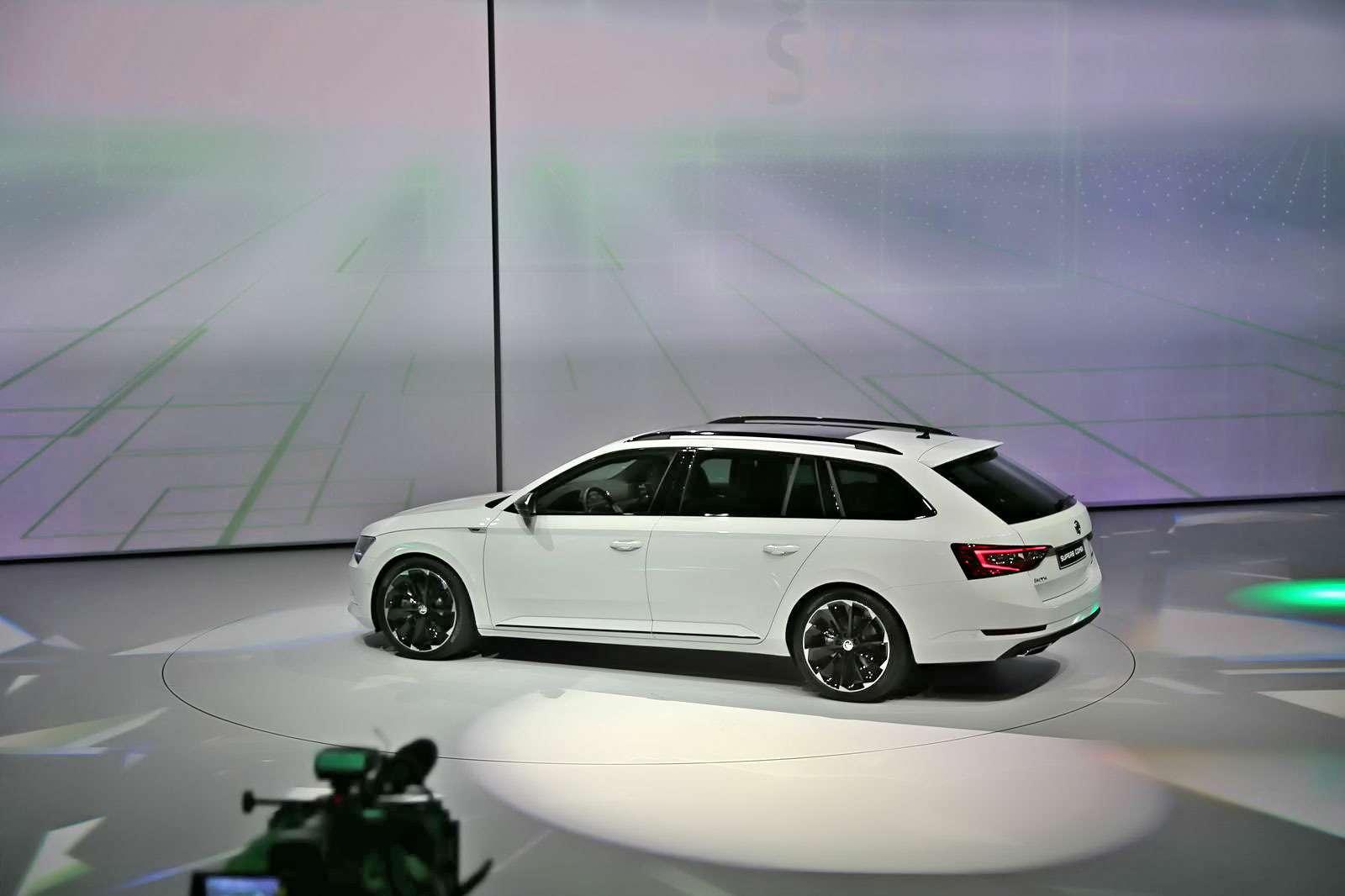 VW_Tiguan_R-line_Kadakov_1
