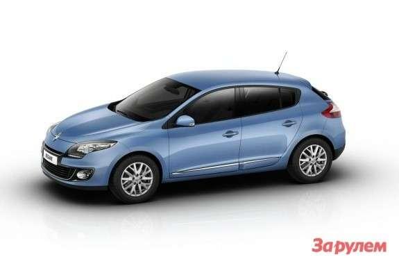 Renault Megane side-front view 2