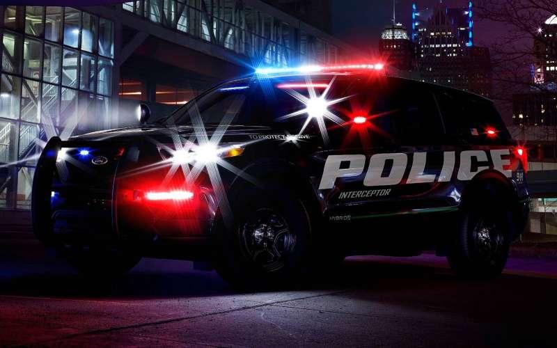 Ford Explorer назвали быстрейшим полицейским перехватчиком в США