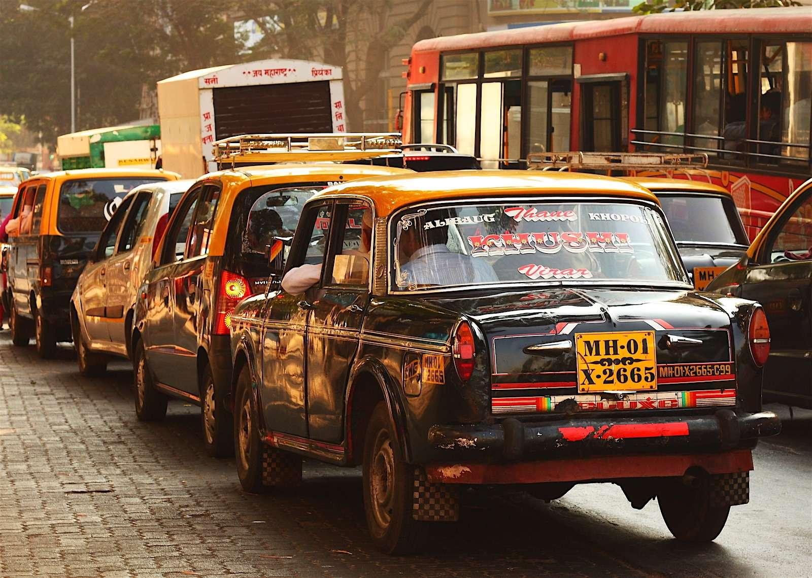 Заавтодержаву обидно: машины стали россиянам непокарману— фото 607839