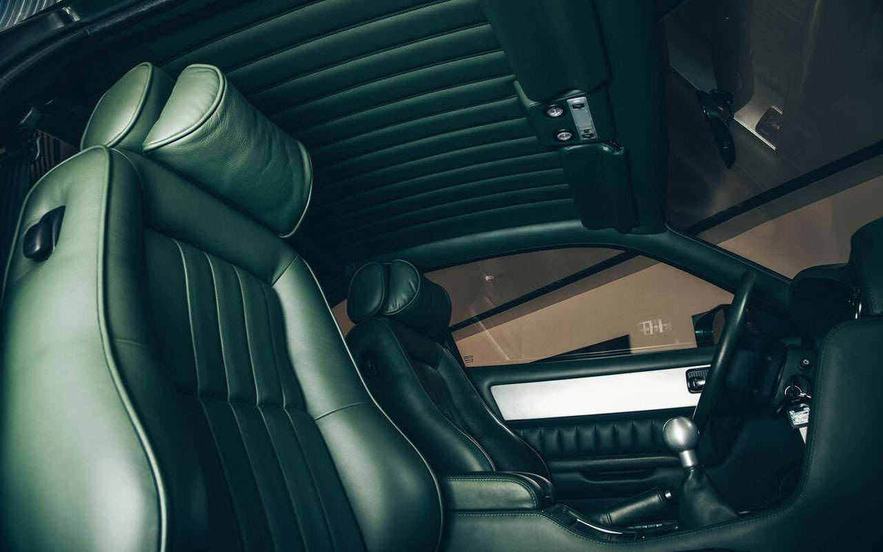 Продается редкий Aston Martin. Всего 56млн руб.— фото 1158633