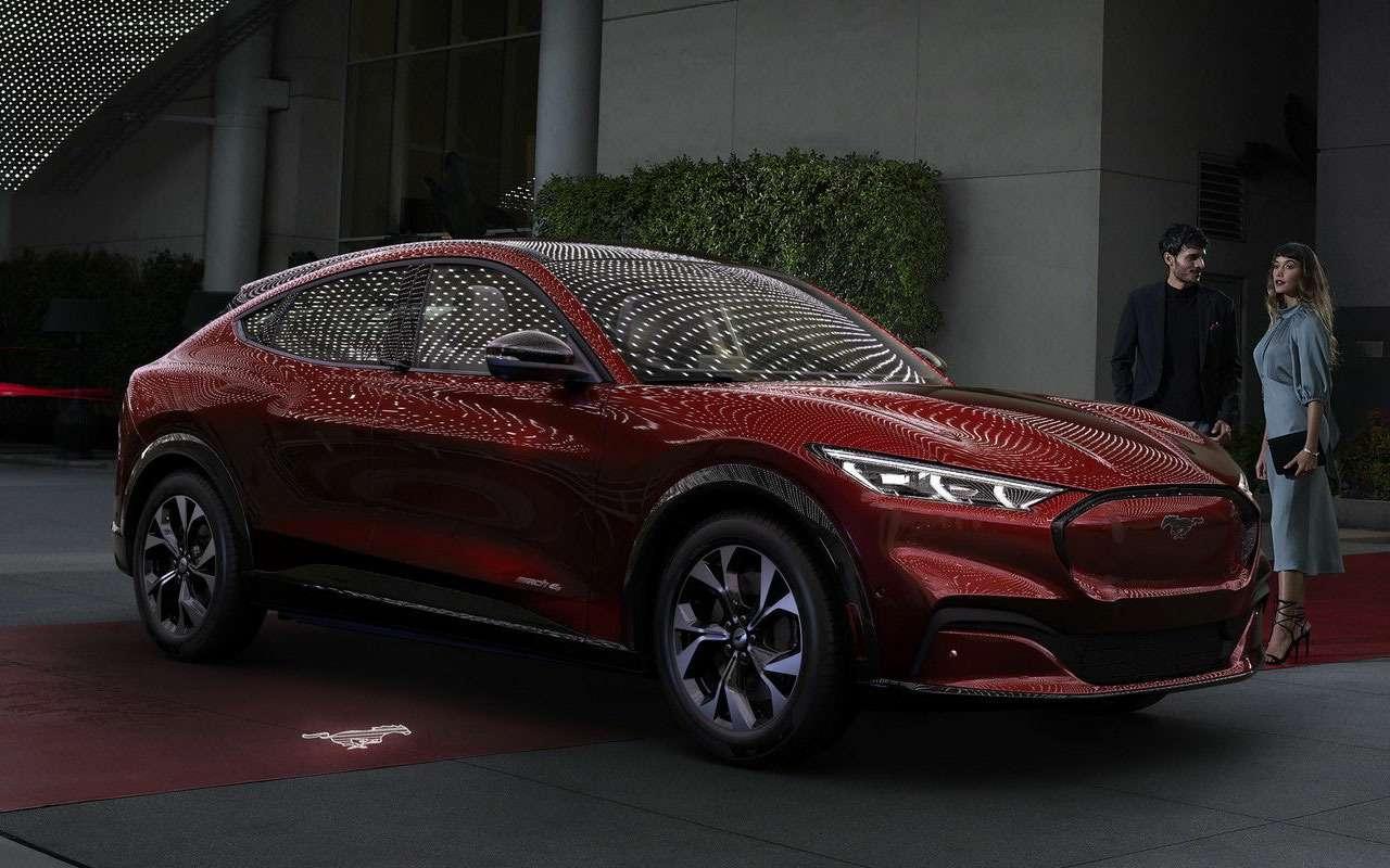 Ford представил внедорожный Mustang