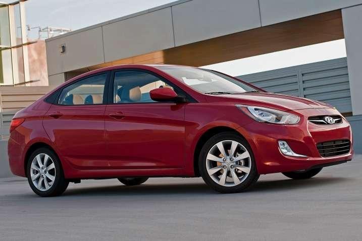 2013 Hyundai Accent седан (США)