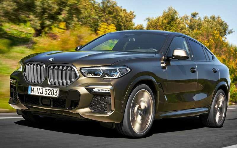 Новый BMW X6светится втемноте