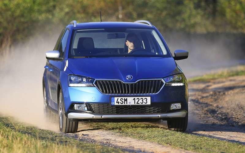 Skoda показала конкурента Kia Rio X-Line и Lada Vesta SW Cross