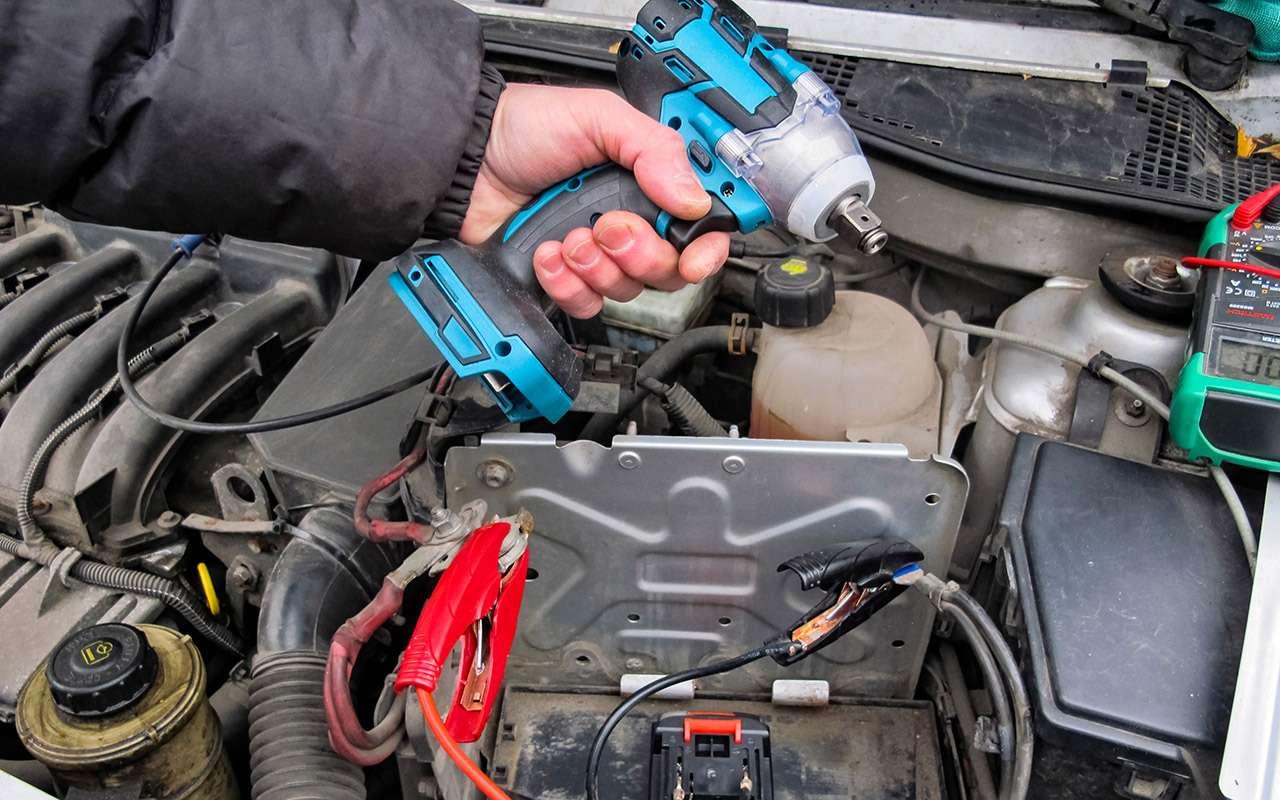 Заводим мотор без аккумулятора— эксперимент «Зарулем»— фото 1220536
