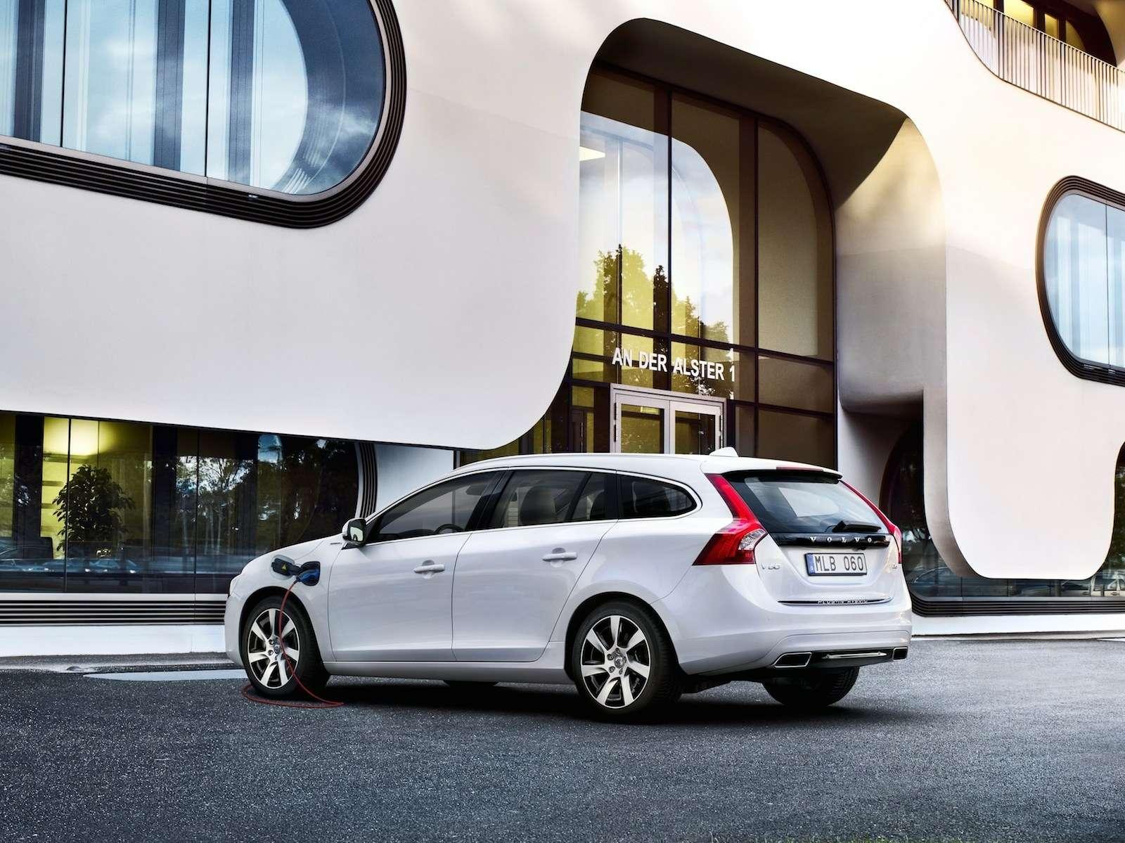 47867_Volvo_V60_Plug_in_Hybrid