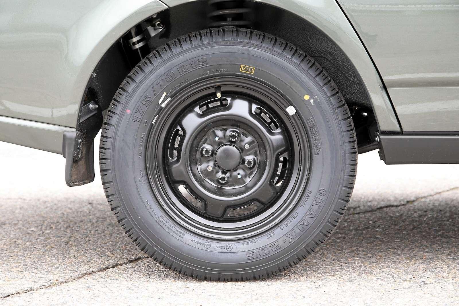 Лада Приора Стандарт: что потерял седан сдоступным ценником— фото 593386