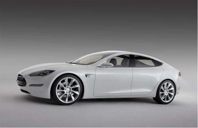 Tesla Sпоявятся впродаже в2012 году