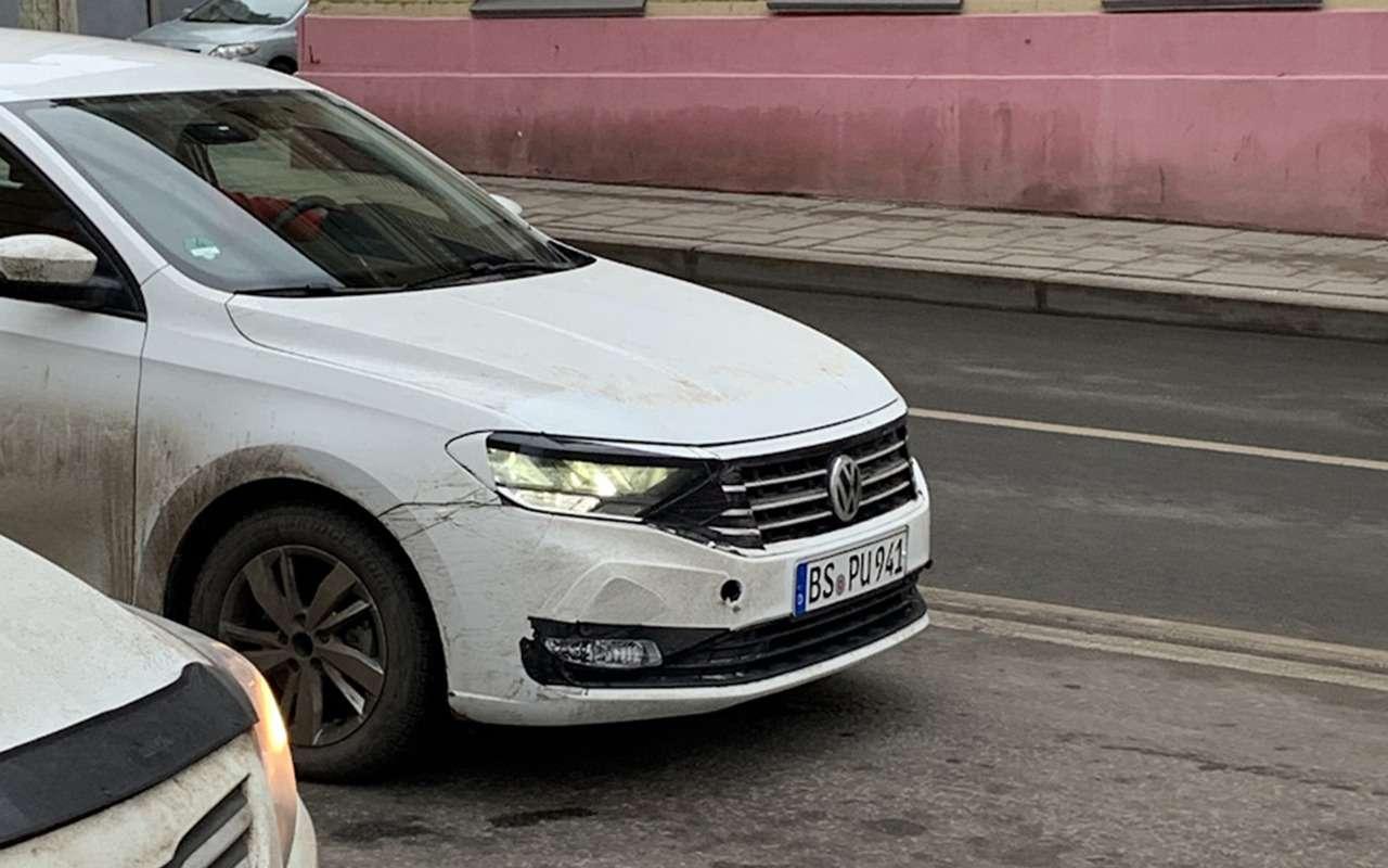 Новый Volkswagen Polo сфотографировали наиспытаниях вМоскве— фото 1057776