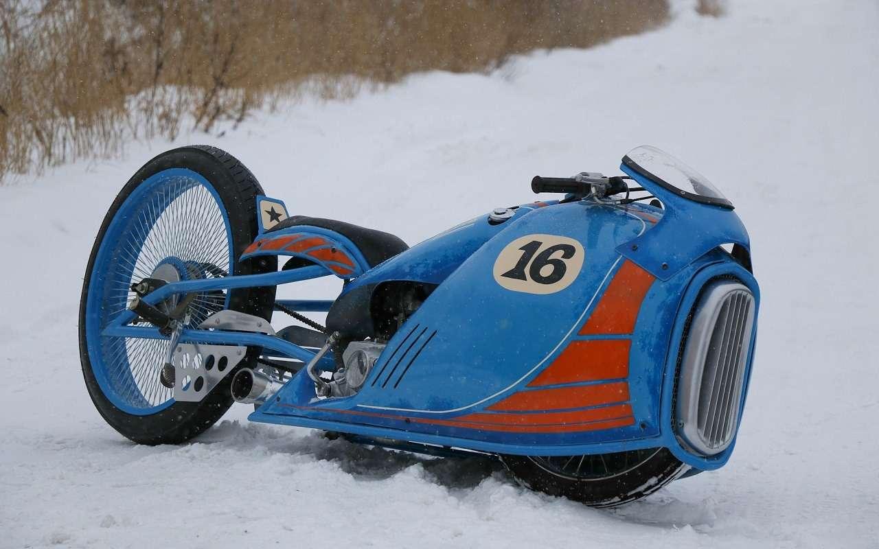 Житель Санкт-Петербурга создает шедевры надвух колесах. Ихможно купить— фото 1125919