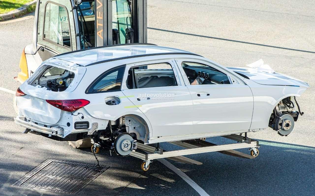 Универсал Mercedes-Benz С-класса: первые фото— фото 1200821