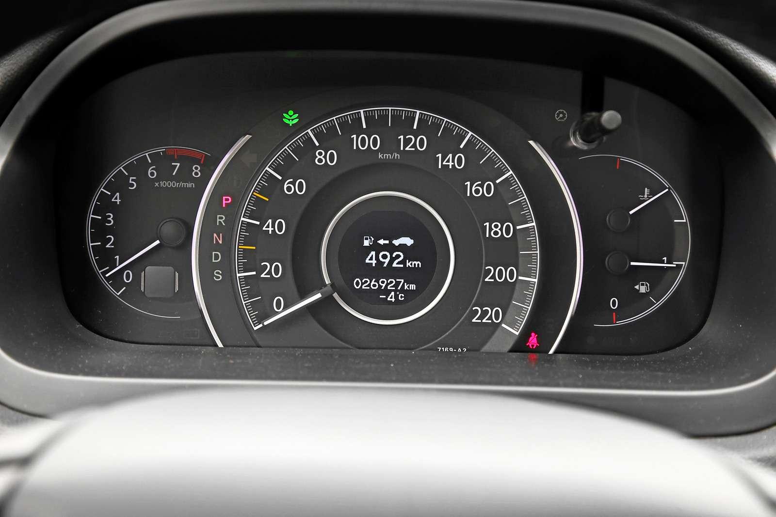 Кроссоверы-бестселлеры: новый Kia Sportage против Hyundai Tucson, Toyota RAV4и Honda CR-V— фото 586708